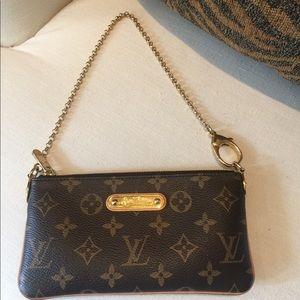 Louis Vuitton Monogram Pochette Milla MM